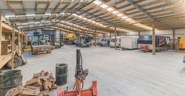 Large workshop shed