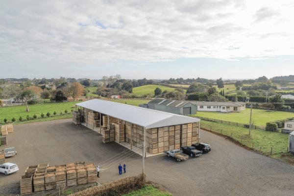Bulk storage clearspan shed