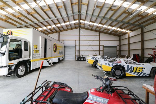 This lifestyle shed is the ultimate man cave as it's home to a selection of collectable cars