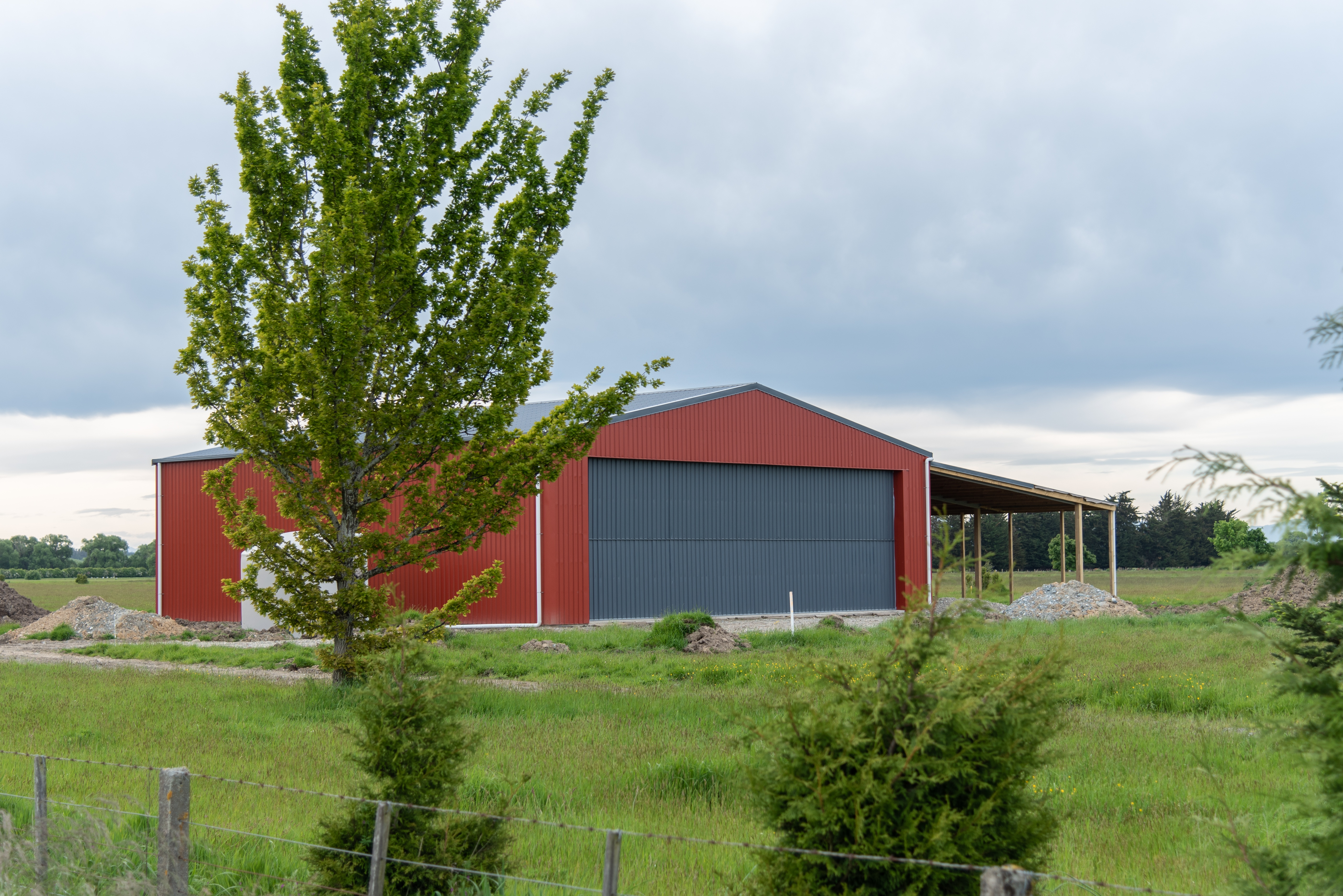 An Alpine Buildings Hangar shed