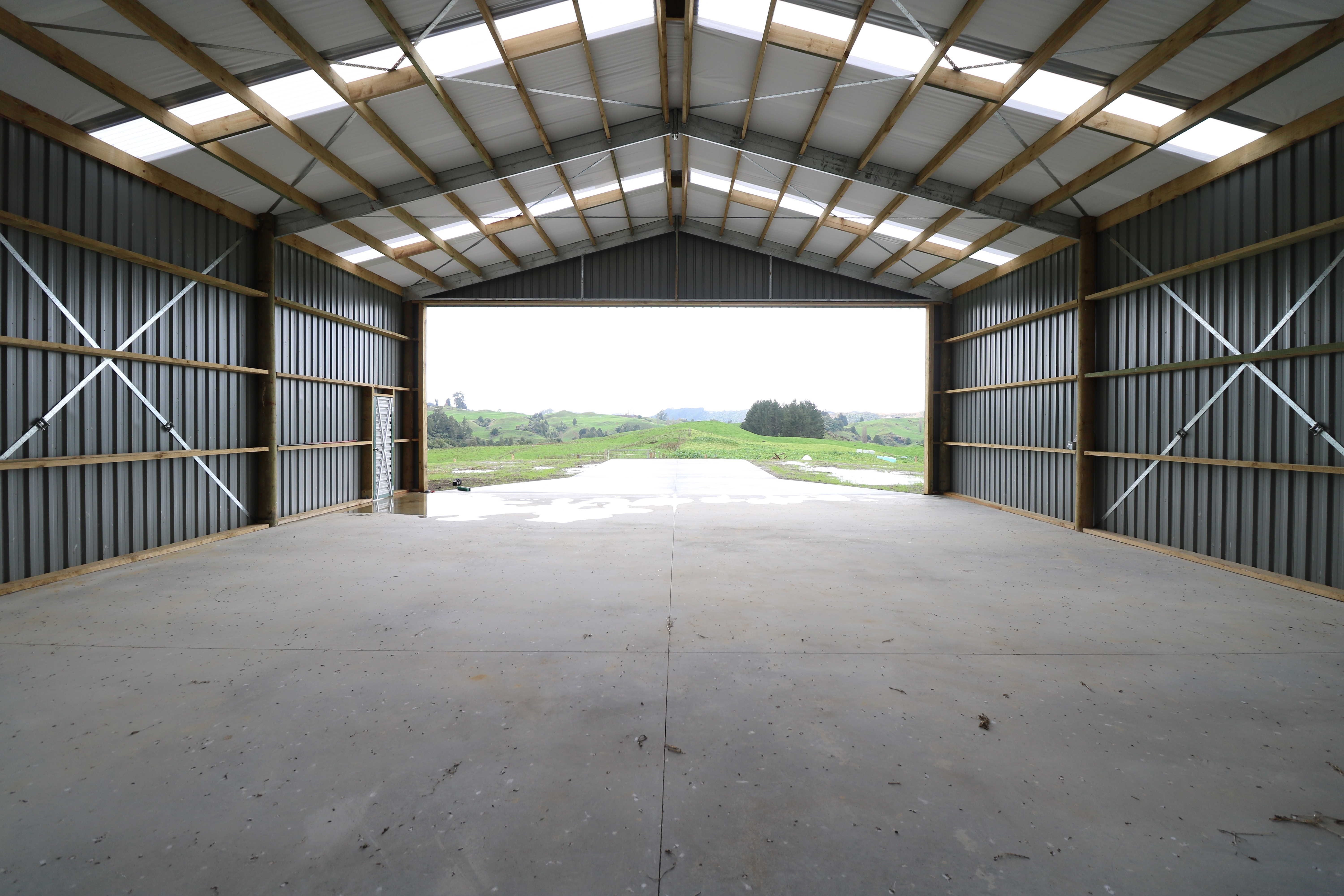FIlled in gable aircraft hangar