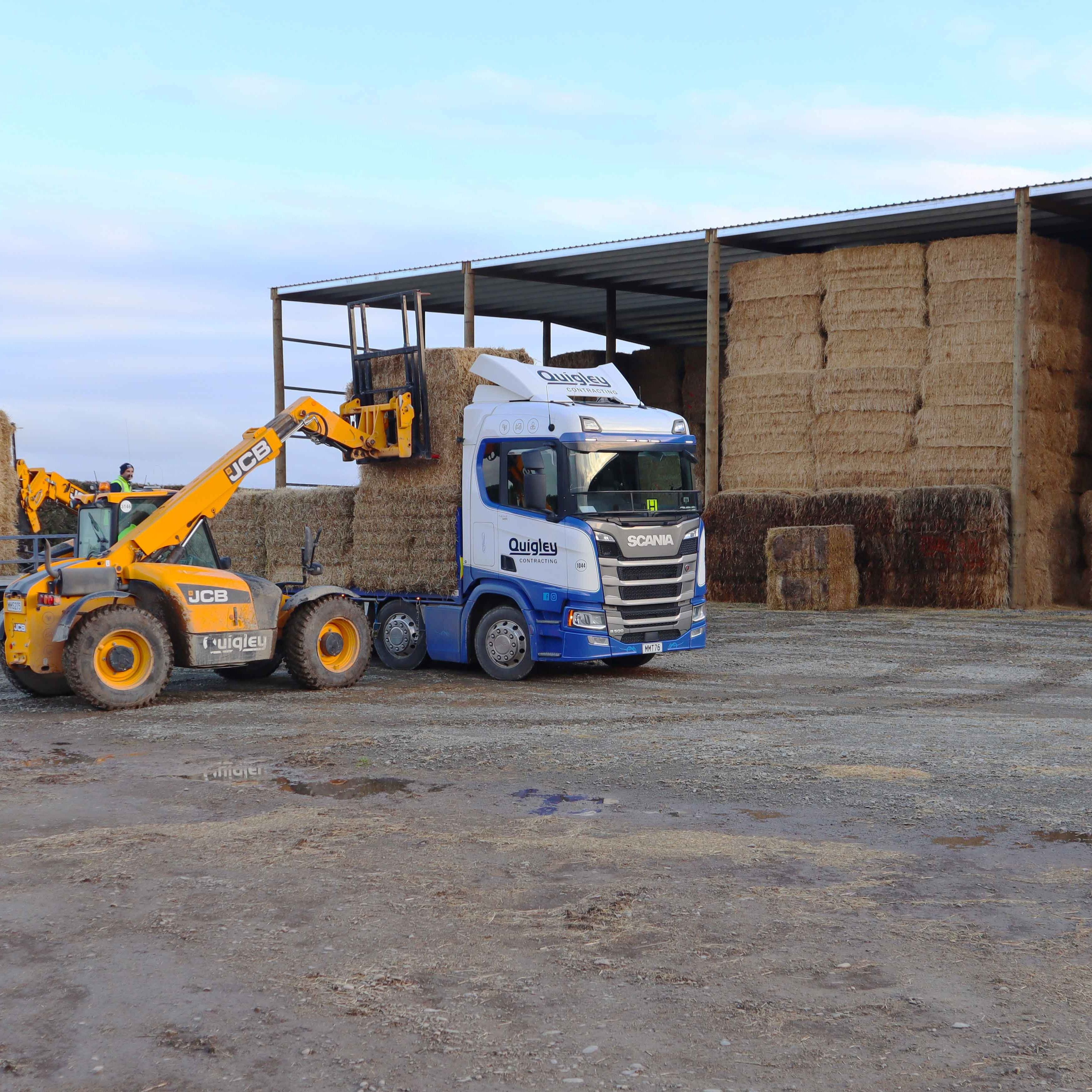 Extra wide bays for storing implement equipment